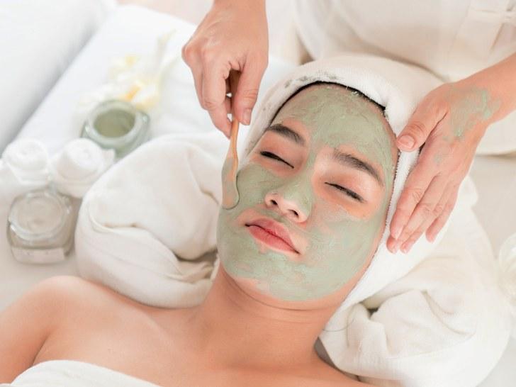 Esthetician Skincare Specialist
