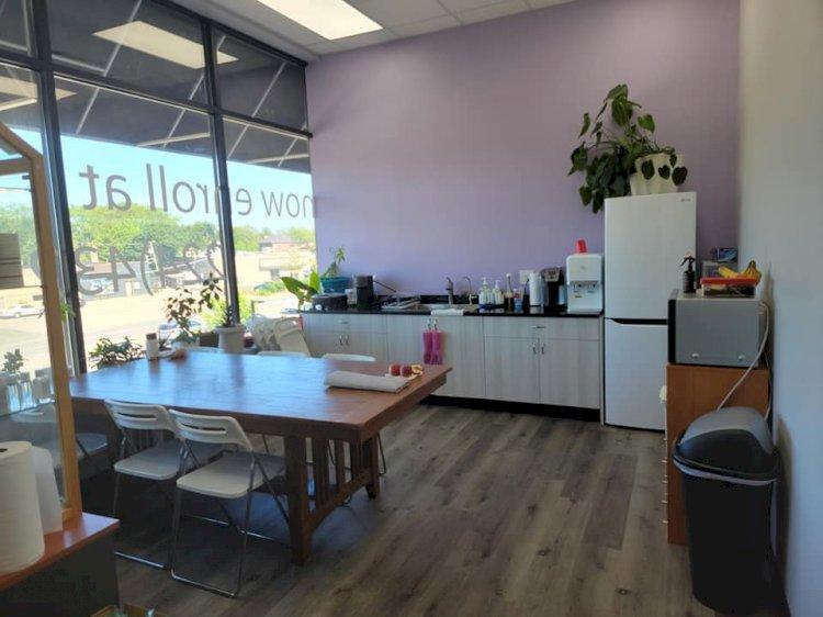 Beauty School Food Area